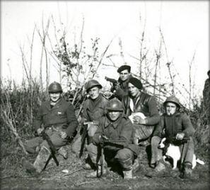 Groupe du 114e RI, janv.45 © Conservatoire de la Résistance et de la Déportation des Deux-Sèvres