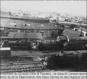 Gare de Thouars, 20 août 44 © Conservatoire de la Résistance et de la Déportation des Deux Sèvres